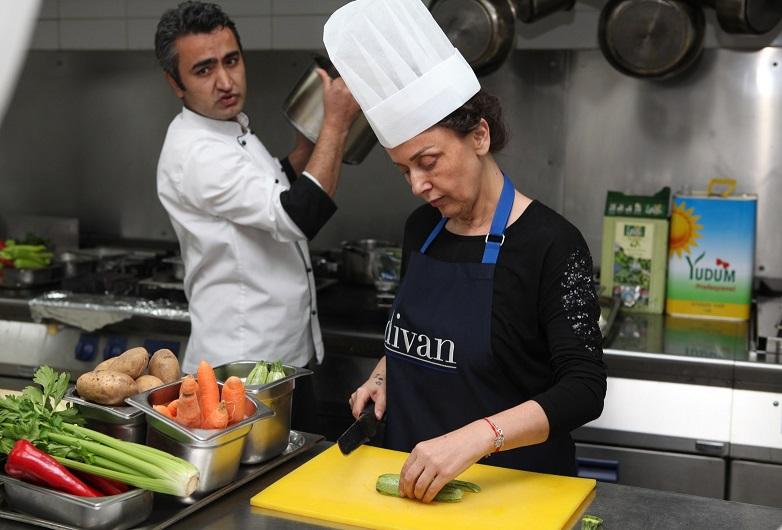 Ankara d van 39 da lezzet at lyeler modatava for Divan otel ankara